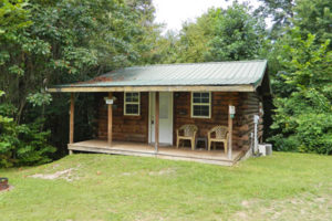 secluded log cabin in Hocking Hills
