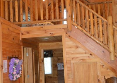 loft of Escape log cabin rental