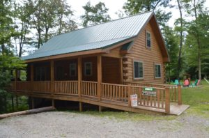 wheelchair accessible log cabin rental in Hocking Hills