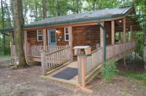 exterior of The Landing log cabin in Hocking Hills