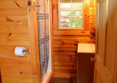 bathroom in The Landing log cabin
