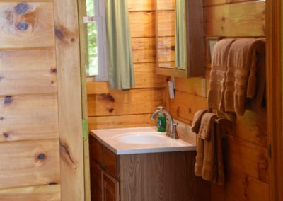 rustic bathroom in Trail Ridge cabin