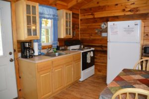 kitchen in Silverwolf log cabin rental